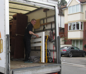 Removals Hampton TW11
